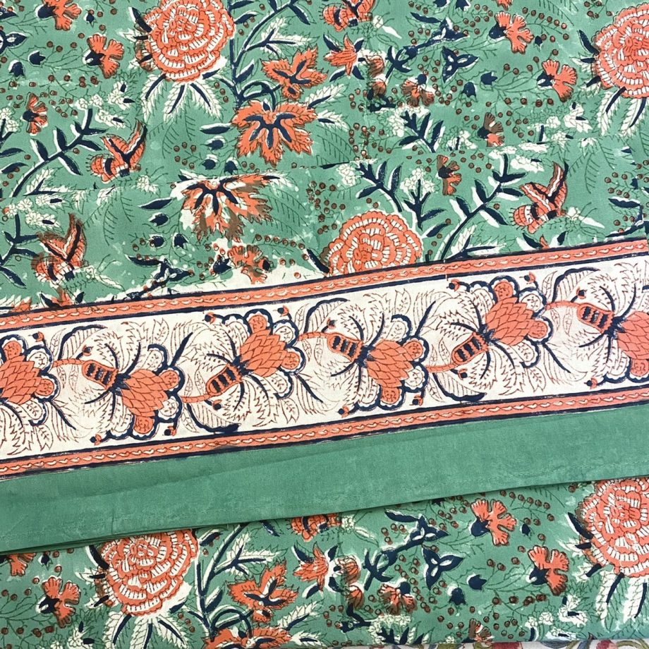 Mantel verde flores